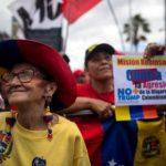 Un corteo intergenerazionale: giovanissimi e anziani dicono basta alle ingerenze straniere in Venezuela