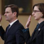 David Hale e Laura Cooper, sottosegretario di Stato agli Affari Politici degli Stati Uniti e Vice Assistente Segretario alla Difesa per le questioni eurasiatiche, giurano prima della testimonianza